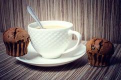 Булочка и кофе шоколада Стоковое Изображение