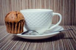 Булочка и кофе шоколада Стоковые Фото