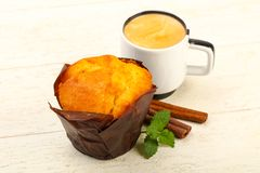 Булочка с кофе Стоковые Фото