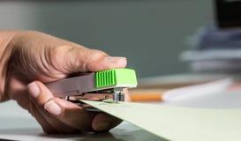 Бумага зажима штапеля Стоковые Фотографии RF