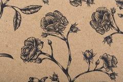 Бумага картины цветков для шарфа обруча подарка печати крышек заполнений картины обоев ткани поверхностного на коричневой бумаге  стоковое фото