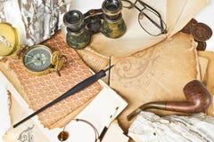 бумага компаса предпосылки старая Стоковая Фотография RF