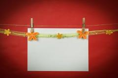 Бумага примечания памяти с цветками Стоковое Изображение RF