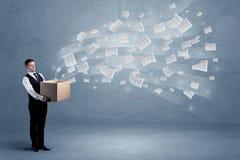 Бумаги дела летая от коробки Стоковые Изображения RF
