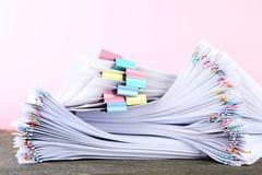 Бумаги с paperclips Стоковые Изображения