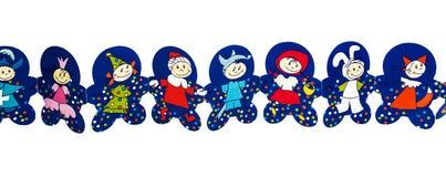 Бумажная гирлянда в форме людей в костюмах масленицы Стоковое Изображение