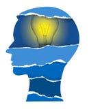 Бумажная голова с электрической лампочкой Стоковые Изображения RF
