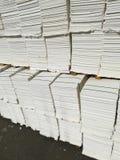 Бумажная пульпа для бумажной промышленности, сырцовая бумага стоковые фото