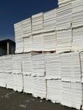 Бумажная пульпа для бумажной промышленности, сырцовая бумага стоковое изображение