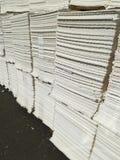 Бумажная пульпа для бумажной промышленности, сырцовая бумага стоковые изображения