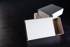 Бумажная спичка кладет шаблон в коробку Contraast картона коробок белый пустой Стоковые Изображения RF