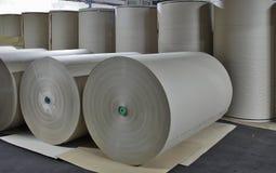 Бумажная фабрика - бумажный запас стоковые изображения