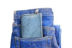 Бумажник в карманн джинсыов Стоковые Фотографии RF