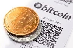 Бумажник ` s Bitcoin стоковые изображения