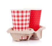 2 бумажного стаканчика с на вынос пить Стоковые Изображения RF