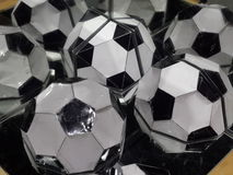 Бумажное отражение футболов Стоковое Фото