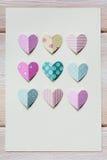 Бумажное сердце на пустом письме Стоковые Фото