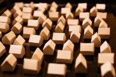 Бумажные дома бумаги города стоковые фотографии rf