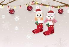 Бумажные иллюстрация искусства пар сыча в носке и снежный бесплатная иллюстрация