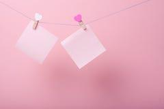 Бумажные листы на потоке стоковое фото rf