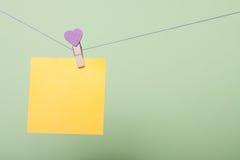Бумажные листы на потоке Стоковые Фотографии RF
