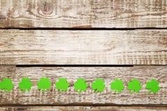 Бумажные листья клевера Стоковое Изображение