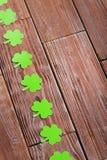 Бумажные листья клевера Стоковые Изображения RF