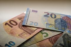 Бумажные примечания евро 5, 20 и 10 евро Стоковые Изображения