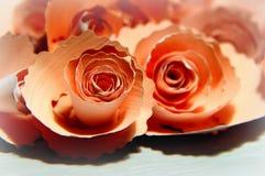 Бумажные розы для украшения стоковые изображения rf