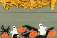 Бумажные силуэты различных характеров хеллоуина Стоковые Фото