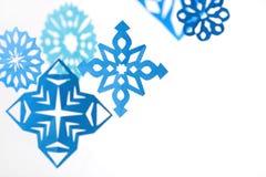 бумажные снежинки абстрактное рождество предпосылки Стоковое Изображение
