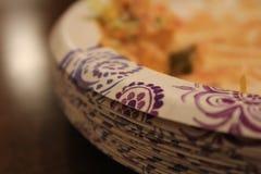 Бумажные тарелки стоковое фото