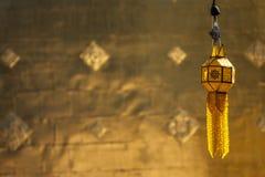 Бумажные фонарики, вися фонарики/украшение виска или дом Стоковое фото RF