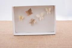 Бумажный вырез для того чтобы сделать различный тип butterflyes Стоковая Фотография