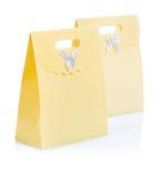 2 бумажных сумки на белизне Стоковое Изображение
