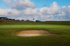 Бункер и зеленый цвет гольфа Стоковые Изображения RF