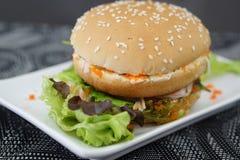 Бургер краба и водоросли Стоковые Изображения