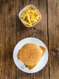 Бургер рыб & x28; селективное focus& x29; Стоковые Фото