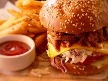 Бургер свинины тяги Kimji Стоковое фото RF