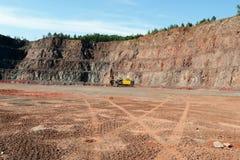 Бурильщик в шахте открытого карьера стоковые фото