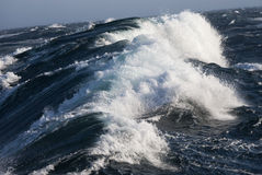 Бурное море - Северный океан стоковая фотография