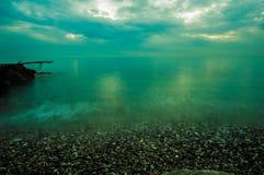 Бурное небо над морем стоковые изображения rf
