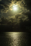 Бурный заход солнца над Вест-Инди Стоковые Фотографии RF