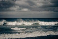 Бурный океан с ненастными облаками Стоковое фото RF