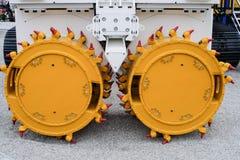 Буровое оборудование резца канавы для строительной промышленности, складывающ машинное оборудование, складывая снаряжение стоковая фотография