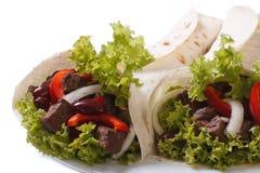 2 буррито при изолированные мясо и овощи Стоковая Фотография RF