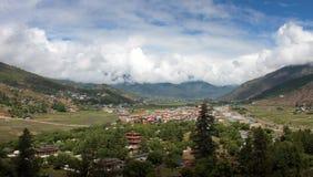Бутанское paro городка стоковые фотографии rf