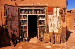 Бутик базара в середине пустыни Стоковое фото RF