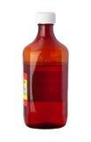 Бутылка микстуры сиропа кашлья (с путем клиппирования) Стоковые Изображения