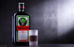 Бутылка настойки Jagermeister травяной стоковая фотография rf